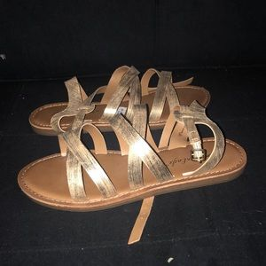 ‼️ BRAND NEW American Eagle Sandals ‼️